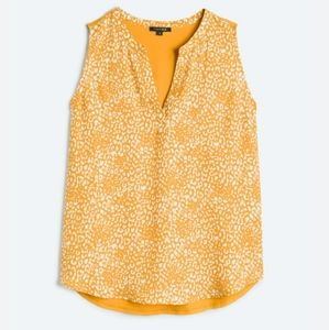 Plus size women's blouse